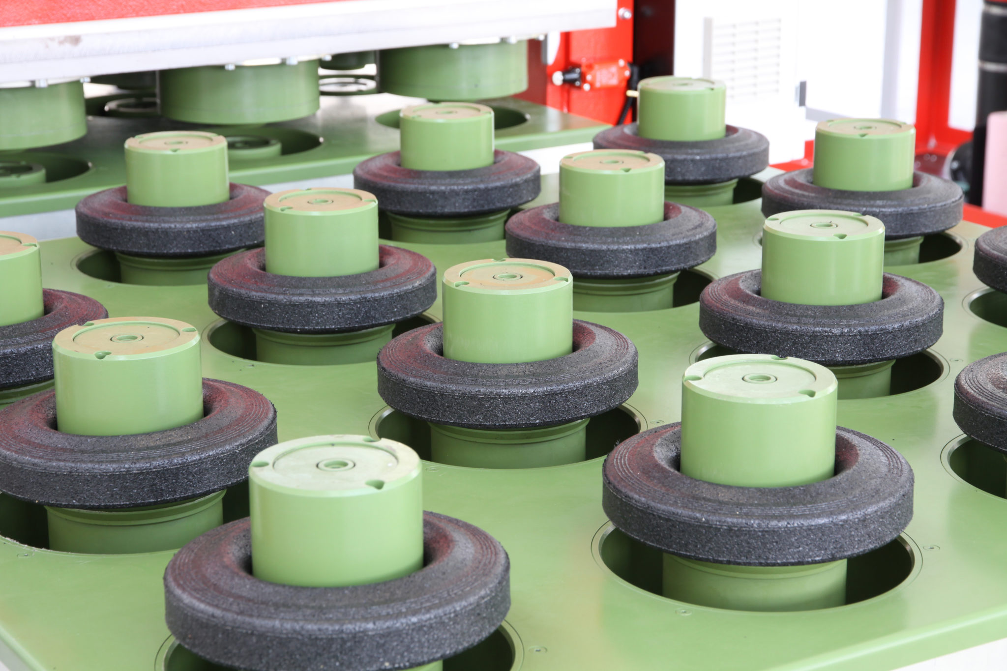 Rubber-wheels2.jpg