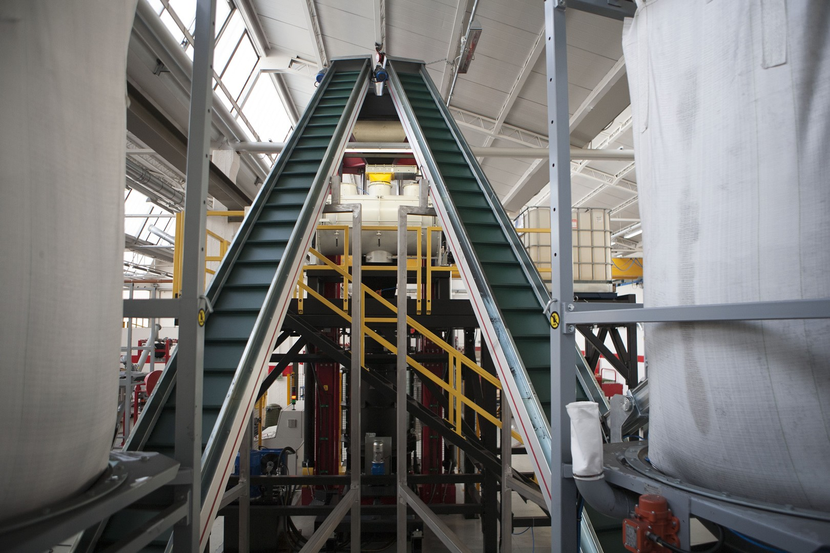 Product-conveyors.jpg